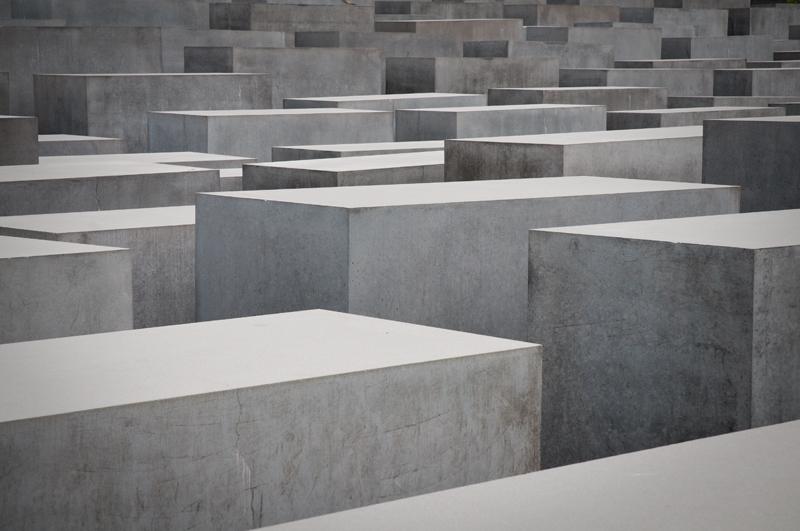 Duitsland Berlijn - Holocaustmonument zwart-wit
