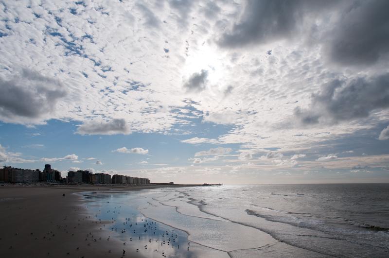 Westende - strand wolkenlucht