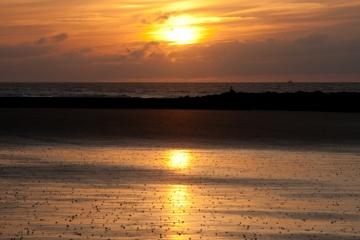 België Westende - Zonsondergang strand zee