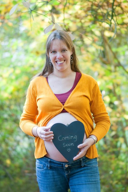 Zwangerschapsshoot in het bos - krijtbord hart